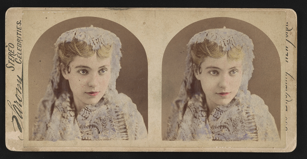 Identified! [Actress Clara Morris, head-and-shoulders portrait, facing front, wearing lace scarf] (LOC)