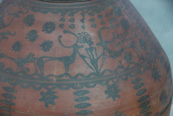 DSC_2767NewDelhiNationalMuseumHarappaBurialJar2000BCCemeteryH