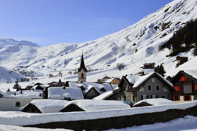 Das kleine Dorf Realp am Fuss des Furkapasses