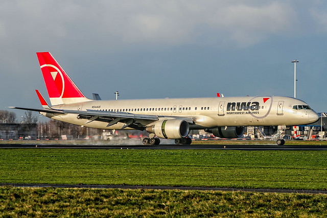 N544US // Boeing 757-251 // cn 26491