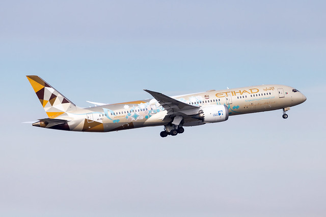 CDG - Boeing 787-9 (A6-BLI) Etihad Airways
