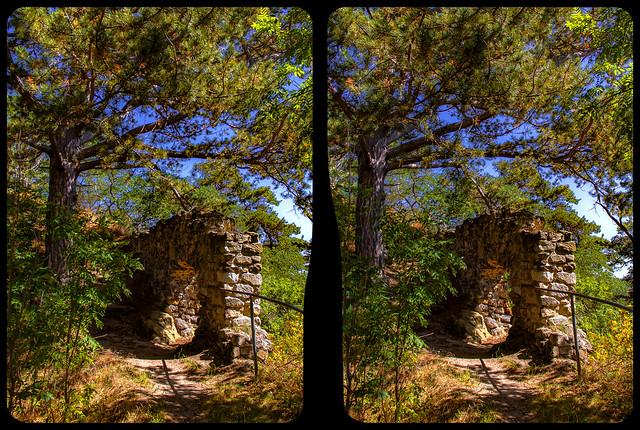 Burg Langenstein 3-D / Kreuzblick / Stereoskopie