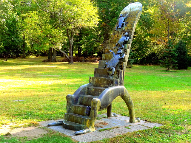 Alejandro Colunga.Stairway to Heaven, 2006 (Bronze)