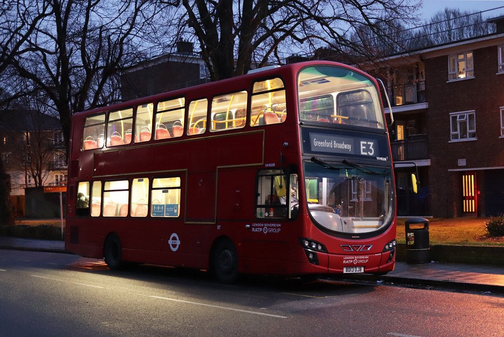 Route E3, London United, VH45108, BD13OJB