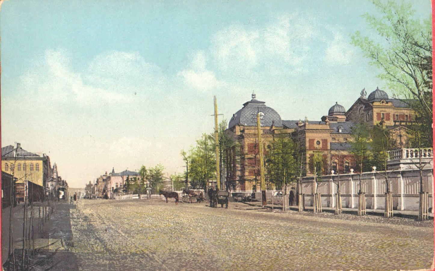 Большая улица. Городской театр