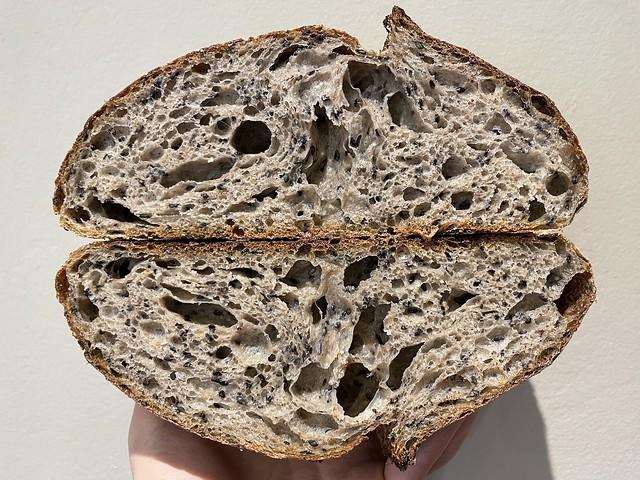 Whole Wheat 25% - Sesame Seeds