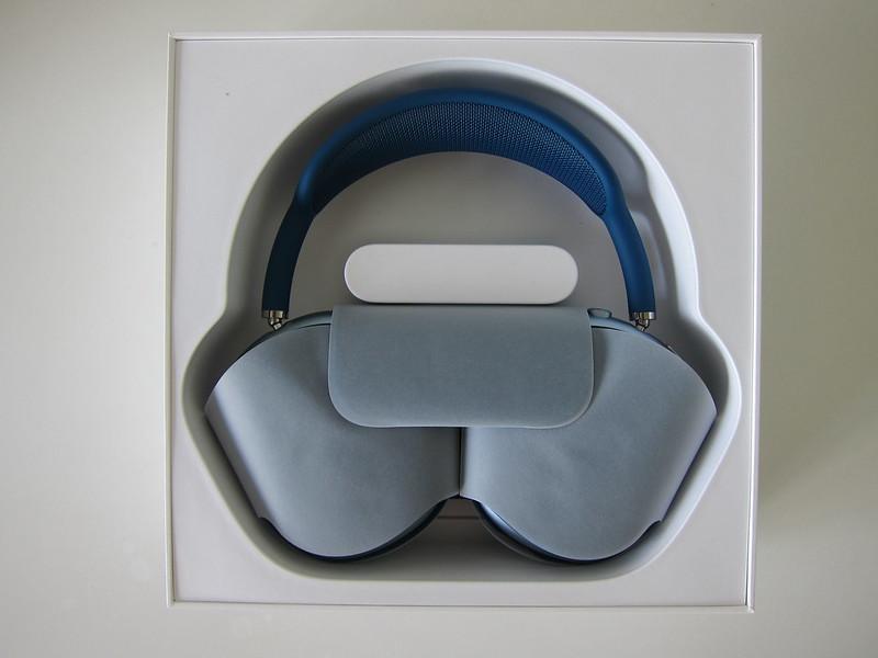 Apple AirPods Max - Box Open