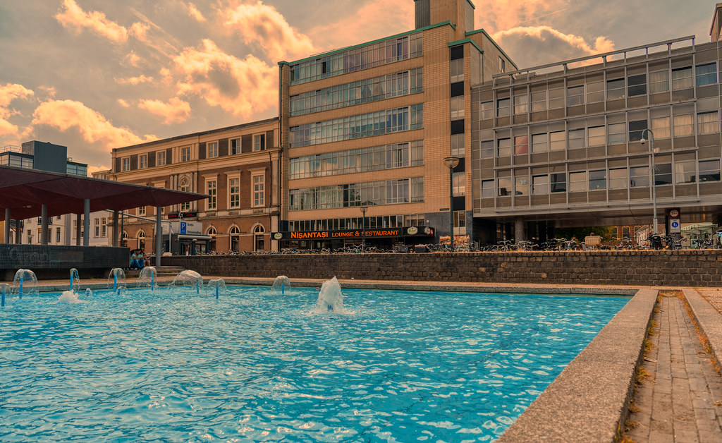 Nisantasi Lounge & Restaurant, Gele Rijders Plein, Arnhem.