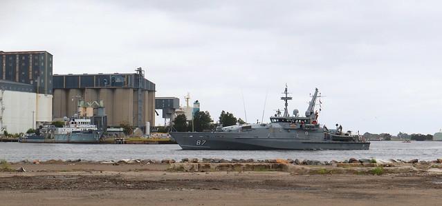 ROYAL AUSTRALIAN NAVY ARMIDALE CLASS PATROL VESSEL 'HMAS PIRIE' PORT OF NEWCASTLE 27th Feb 2021.