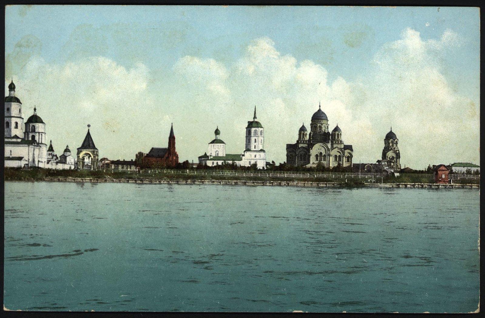 27. Вид на город с реки Ангары.