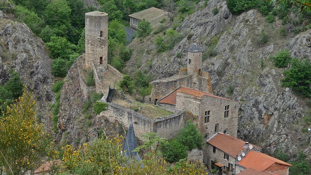 Château fort...Saint-Floret