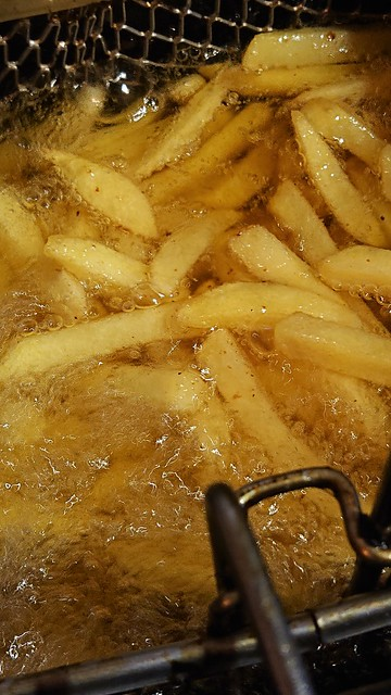 Pommes in Fritteuse - 09.08.2020