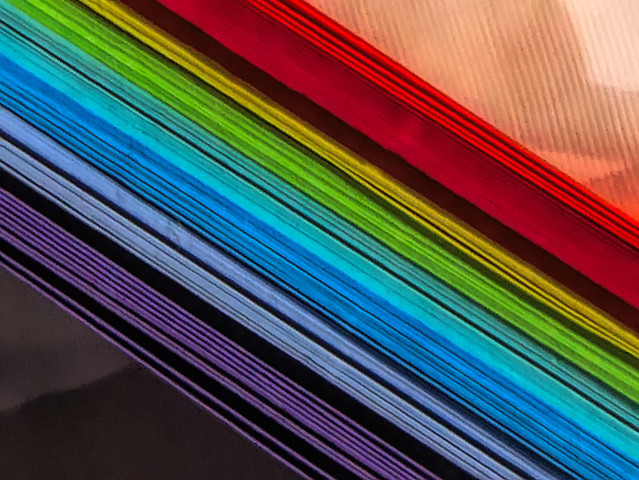 Rainbow notepaper edges