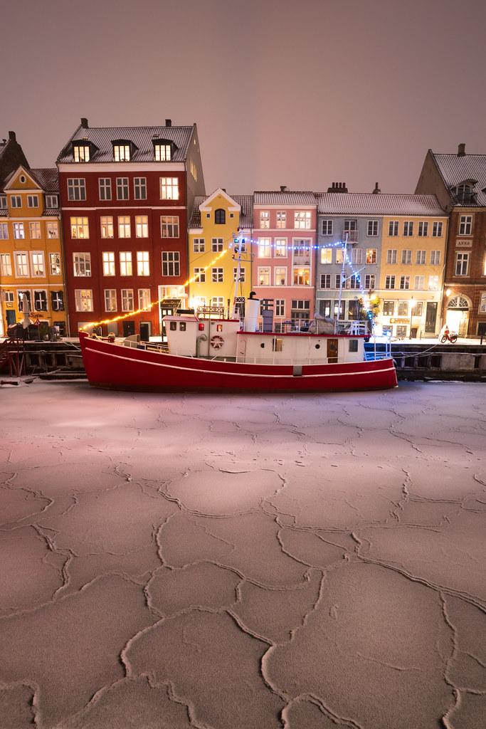 Cracked Ice - Nyhavn - Denmark