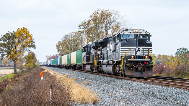NS 7237 24M at Mile 274 Chicago Line