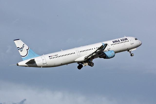 F-HBAF Airbus A.321-211 Aigle Azur AGP 11-09-10