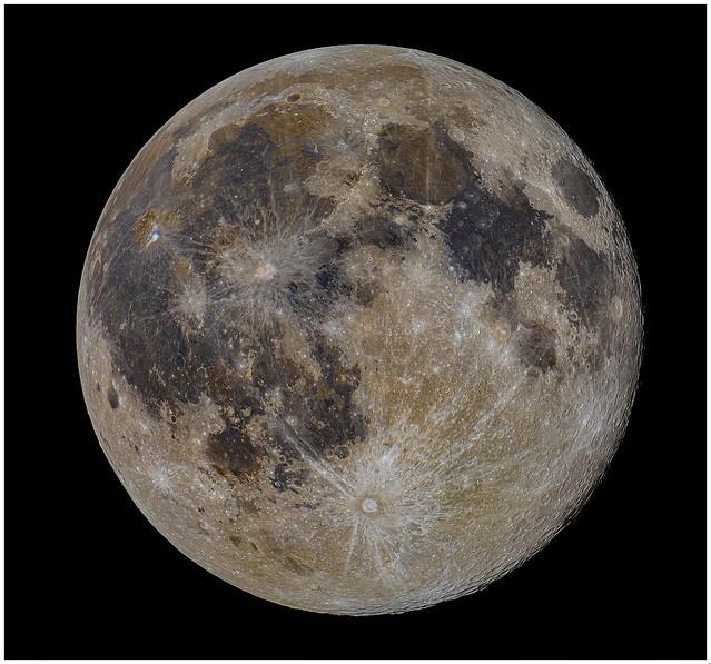 Mineral (full) moon on Feb. 27. Best seen full size.