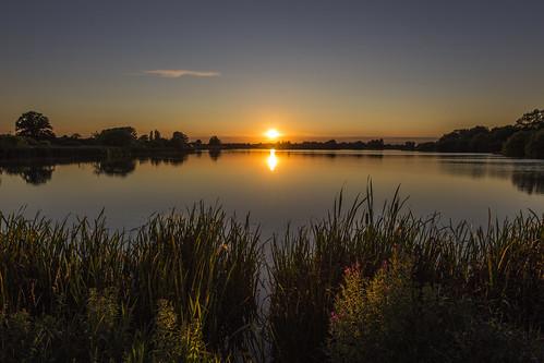 canon6d landscape nature outdoors outside uk cambridgeshire sun sunset lake water reflections