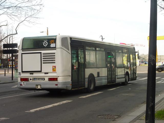 Irisbus Agora S €3 ex-RATP