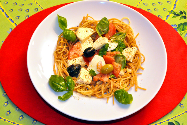 Februar 2021 ... Spaghetti Olio ed Aglio und Caprese ... Brigitte Stolle