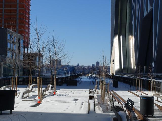202102236 New York City Chelsea High Line Park