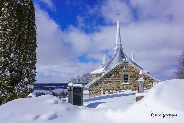 Même église, vue différente