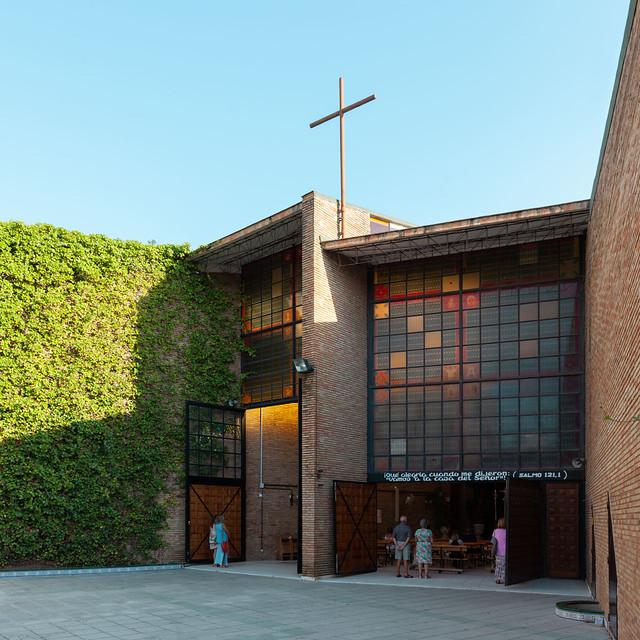 Miguel Fisac. Iglesia Nuestra Señora del Carmen #1