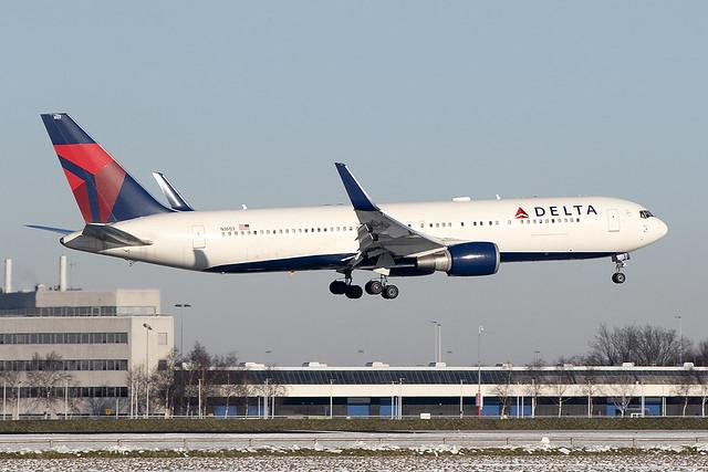 N1603, Boeing 767-332ER, Delta Airlines