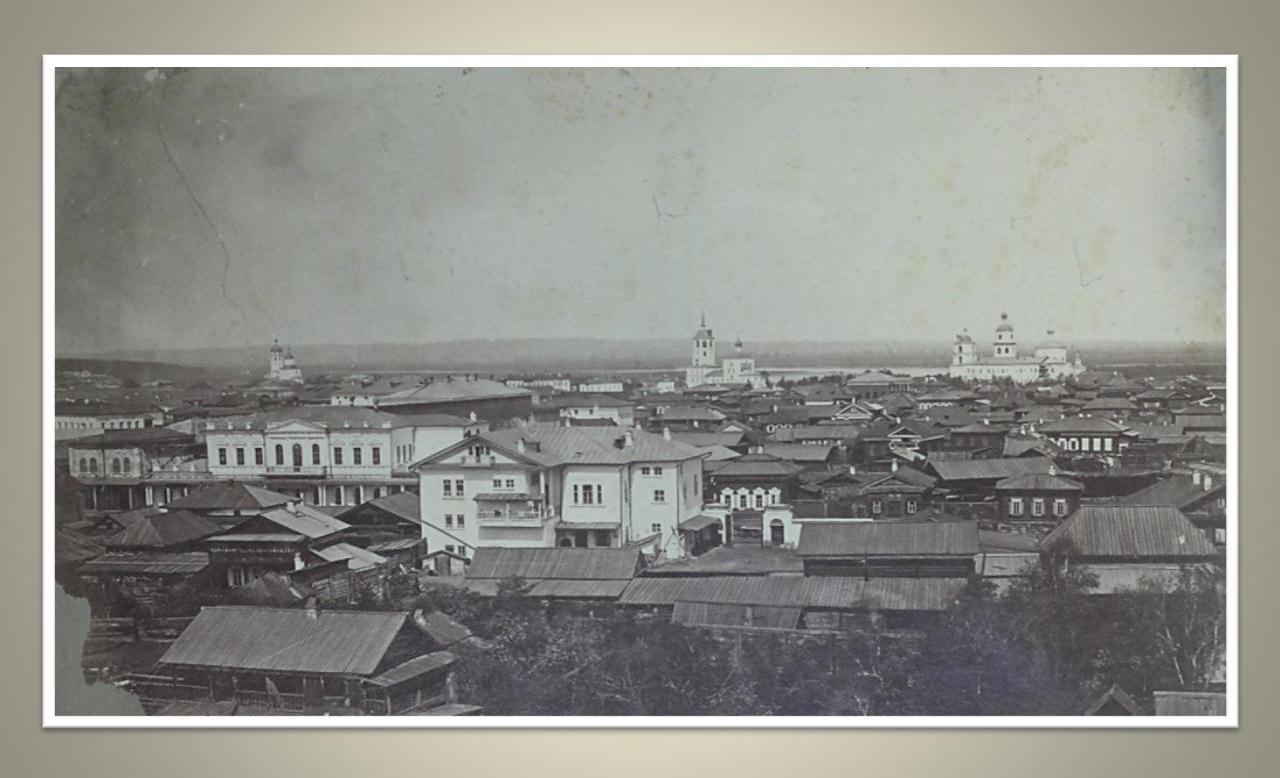 17. Вид с колокольни Благовещенской церкви по направлению к Мелочному базару