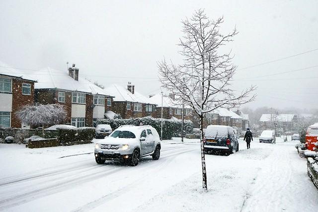Sunday Morning Snowfall, South Ruislip, Jan 2021