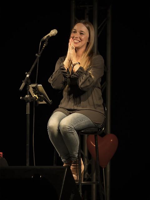 When Beth sings III...