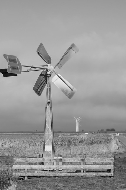 More windmills North of Holland