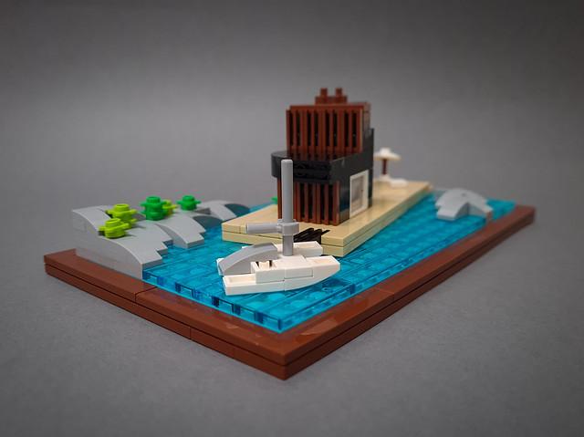 Floating Villa MOC. Comfy isolation.