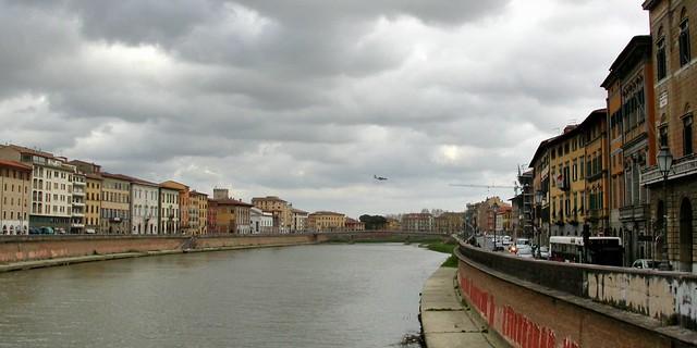 Arno and the tiny Hercules - Pisa, Italy