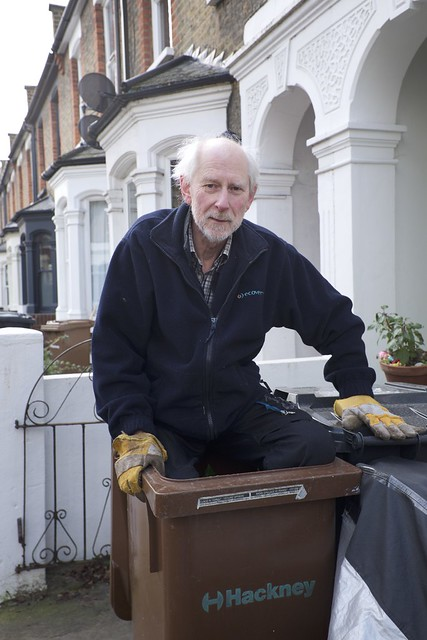 Neighbour in a bin