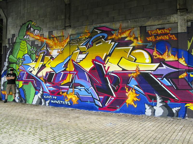 sunk_godzilla_2011