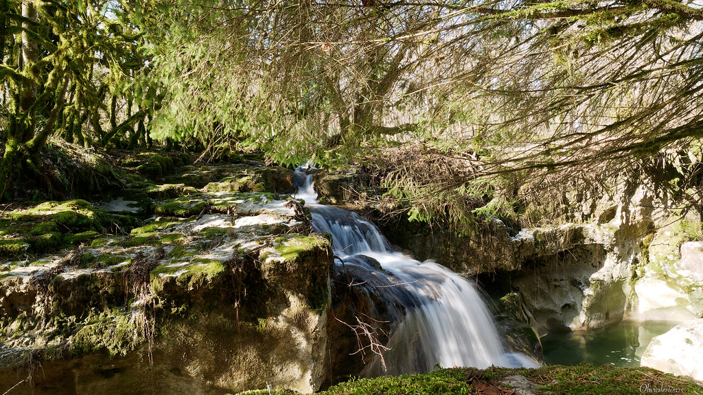 Le Séran et la cascade de Cerveyrieu 50990089007_65741cdb8f_b