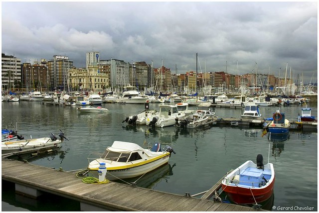 Gijon - Le port de plaisance.  (In Explore)