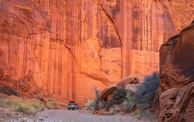 Big Wall, Small Jeep