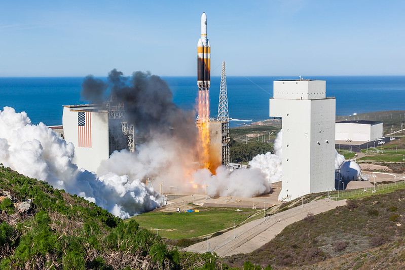 NROL-71 Launch