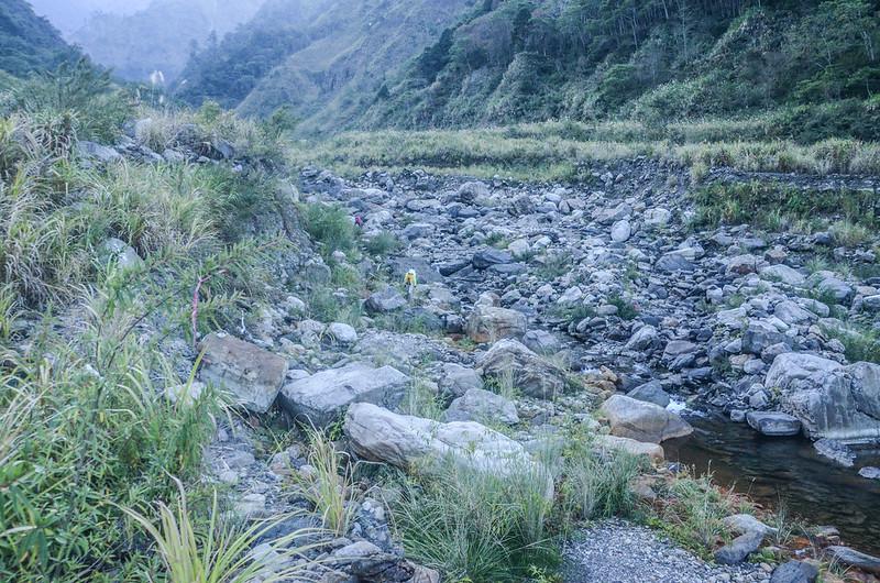 雪山坑溪河床上溯