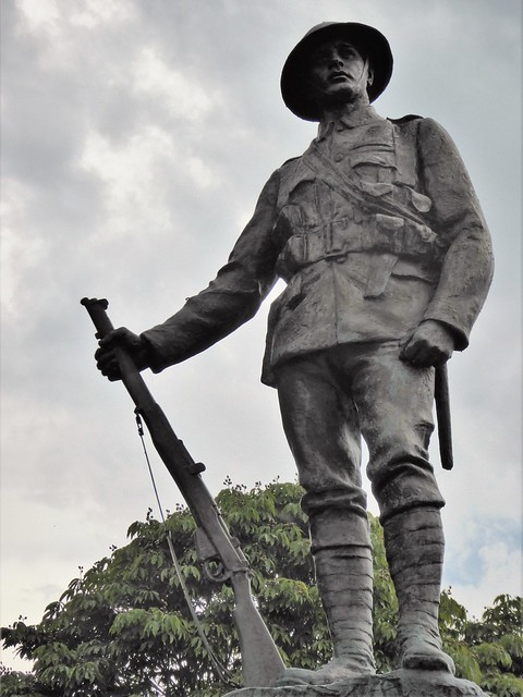 Memorial to the Officers, Warrant Officers, Non-Commissioned Officers and Riflemen of the King's Royal Rifle Corps, 1914-18