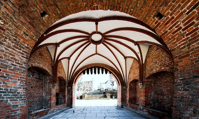 Durchgangstor vom Lübecker Holstentor