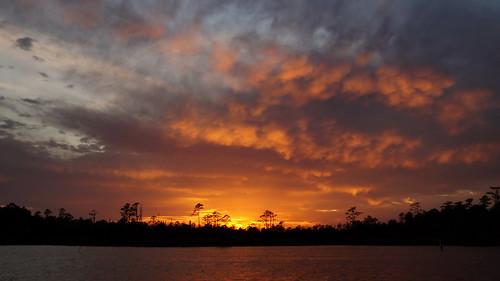 sunset sunsetsandsunrisesgold spectacularsunsetsandsunrises cloudsstormssunsetssunrises cloudscape northwestcreek northcarolina fairfieldharbour sony sonya58 sonyphotographing