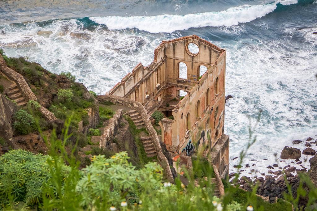 Ruinas del elevador de aguas de la Gordejuela