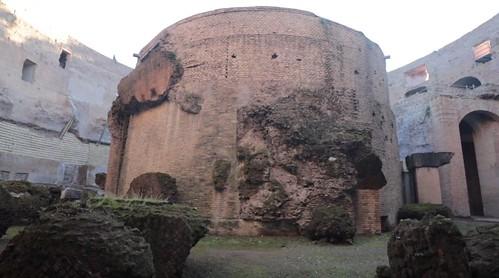 ROMA ARCHEOLOGICA & RESTAURO ARCHITETTURA 2021. Il Mausoleo di Augusto da oggi riapre al pubblico, in: Virginia Raggi / video / Facebook (01/03/2021) &  Il Messaggero / video / foto (01/03/2021).