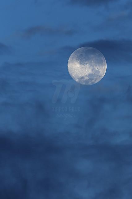 Lua Cheia de Dia