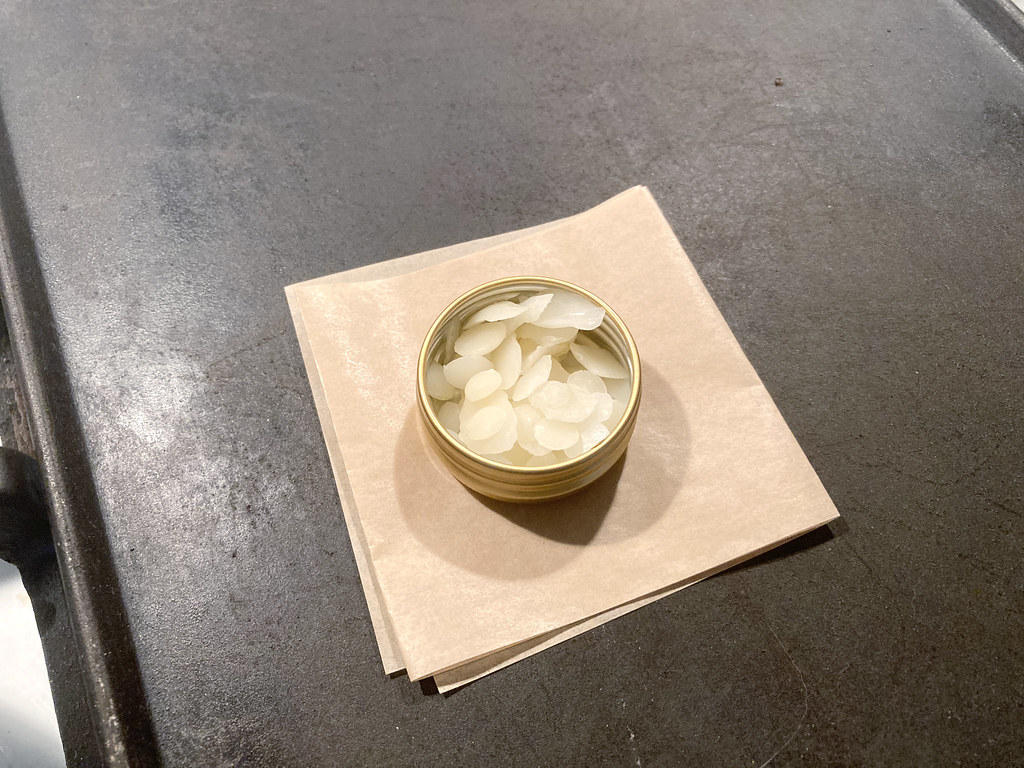 DIY Thread Wax