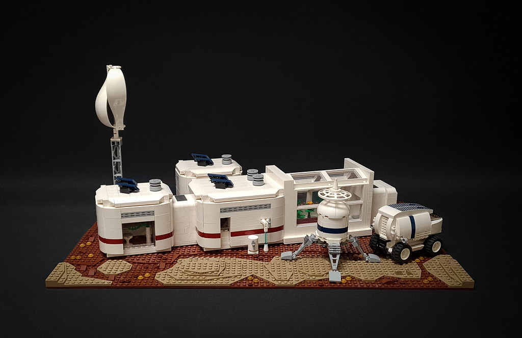 Space Colony MOC Part II - Health Care Module