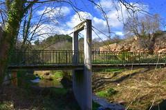 Pont del Molí de Ca l'Oliver, Sant Quintí de Mediona.
